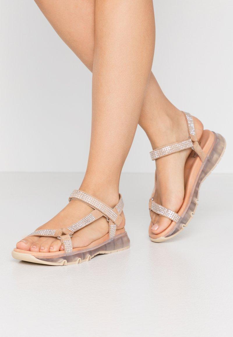 Toral - Sandaalit nilkkaremmillä - aute natural