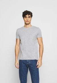 LTB - 3 Pack - Basic T-shirt - black/ olive/ grey melange - 4