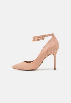 ONLCHARLIE RUFFLE - Classic heels - beige