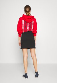 Converse - TWISTED VARSITY SKIRT - Mini skirt - black - 2