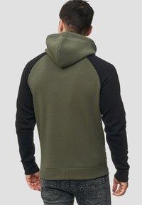 INDICODE JEANS - ARBUTUS - Zip-up hoodie - army - 2