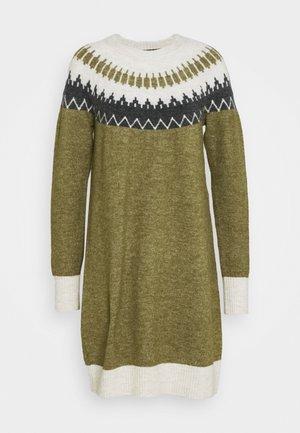 VMSIMONE O NECK NORDIC DRESS - Robe pull - fir green/birch