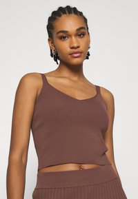 Forever New - ALIZA CAMI TANK - Top - chocolate - 3