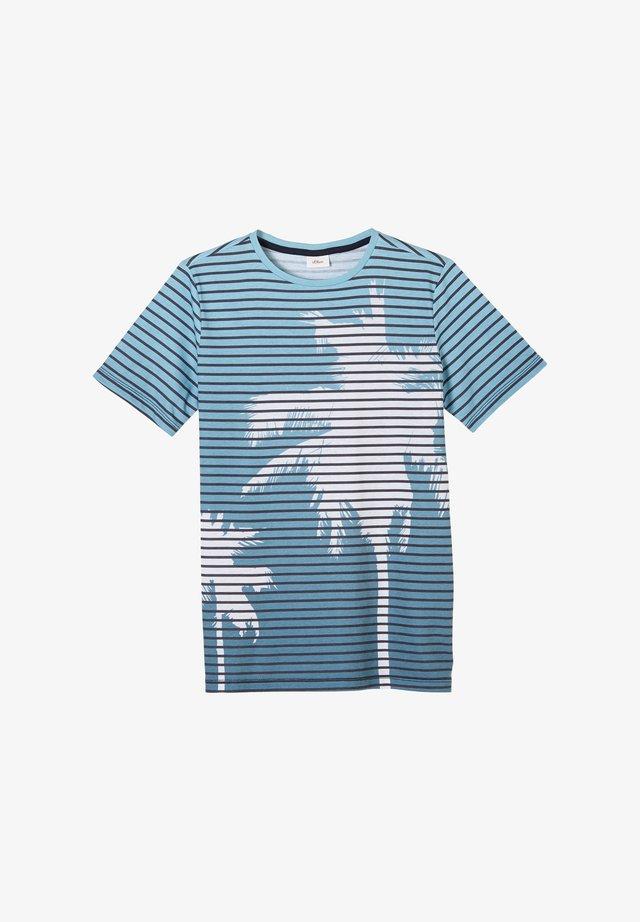T-shirt print - aqua stripes floral print