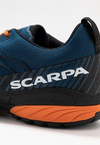 Scarpa - MESCALITO - Trekingové boty - blue/orange - 5