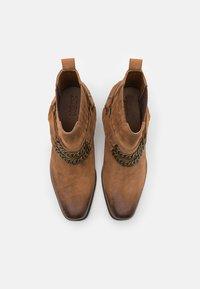 Zign - LEATHER UNISEX - Cowboy/biker ankle boot - camel - 3