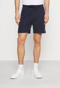 Marc O'Polo DENIM - FRONT POCKETS BACK POCKET - Shorts - blue night sky - 0