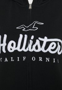 Hollister Co. - TECH CORE - Mikina s kapucí - black - 6