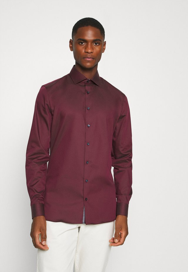 No. 6 - Formal shirt - bordeaux