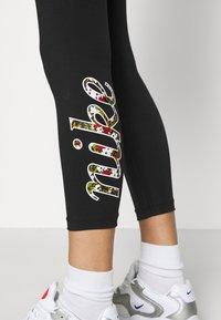 Nike Sportswear - FEMME - Leggings - Trousers - black - 5
