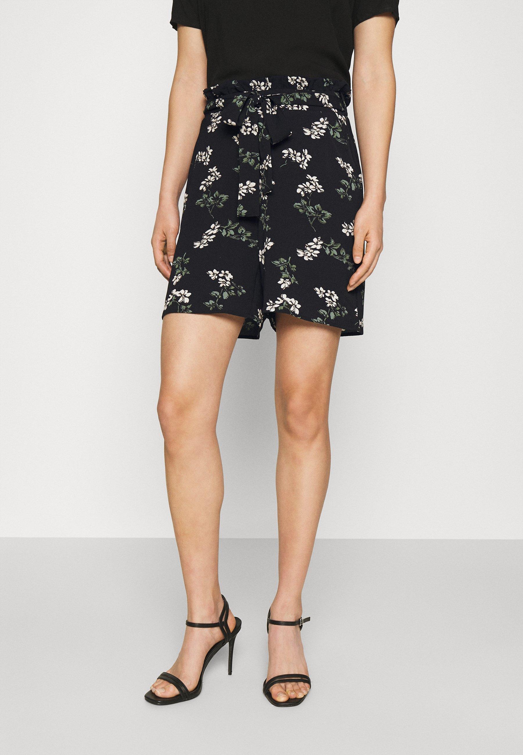 Women VMSAGA  - Shorts