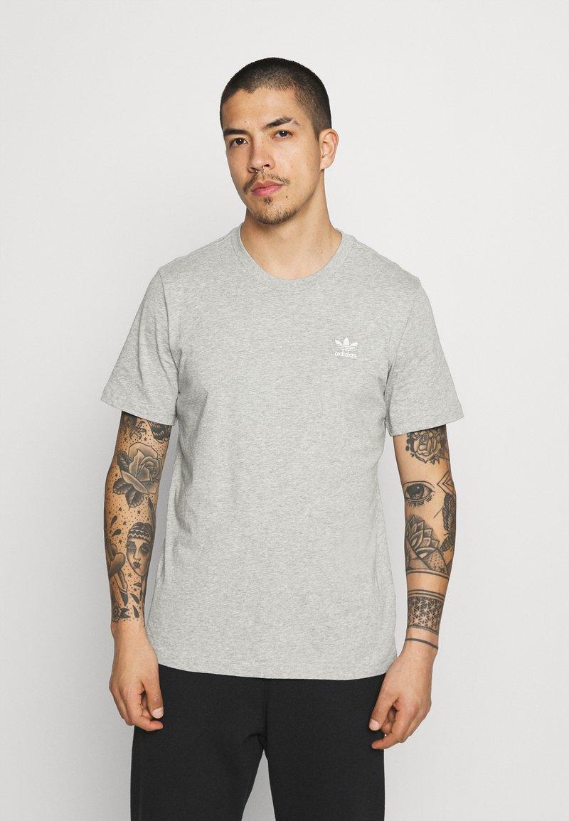 adidas Originals - ESSENTIAL TEE - T-shirt - bas - medium grey heather