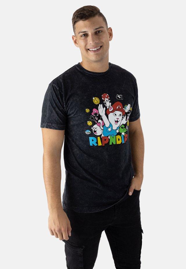 T-shirt print - black mineral wash