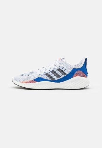 FLUIDFLOW 2.0 - Obuwie do biegania treningowe - footwear white/core black/team royal blue