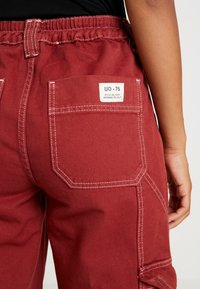 BDG Urban Outfitters - CONTRAST SKATE - Džíny Relaxed Fit - brick - 6
