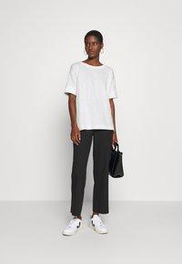 Esprit - BOXY TEE - Basic T-shirt - off white - 1