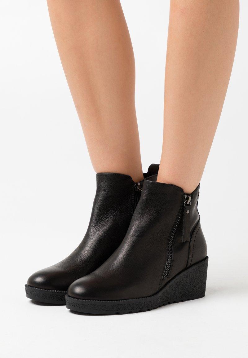 Carmela - LADIES - Ankelboots - black