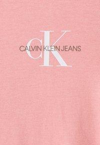 Calvin Klein Jeans - SLIM 2 PACK - Print T-shirt - pink - 4