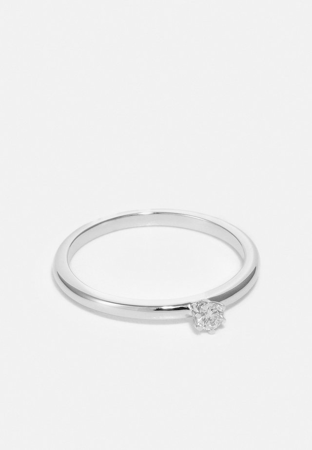 0.11 CT DIAMOND - Bague - white gold