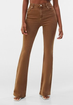 FIVE-POCKET-DESIGN  - Jeansy Bootcut - brown
