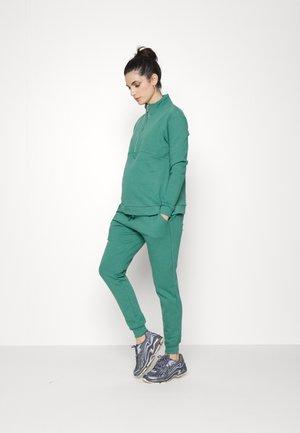 ZIP FRONT TRACK SET - Sweatshirt - bottle green