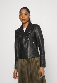 Pieces - PCSUSSE JACKET - Veste en cuir - black - 0