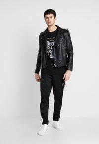 Kings Will Dream - DEMON - Camiseta estampada - black - 1