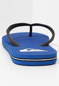 Quiksilver - MOLOKAI - Pool shoes - black/blue - 3