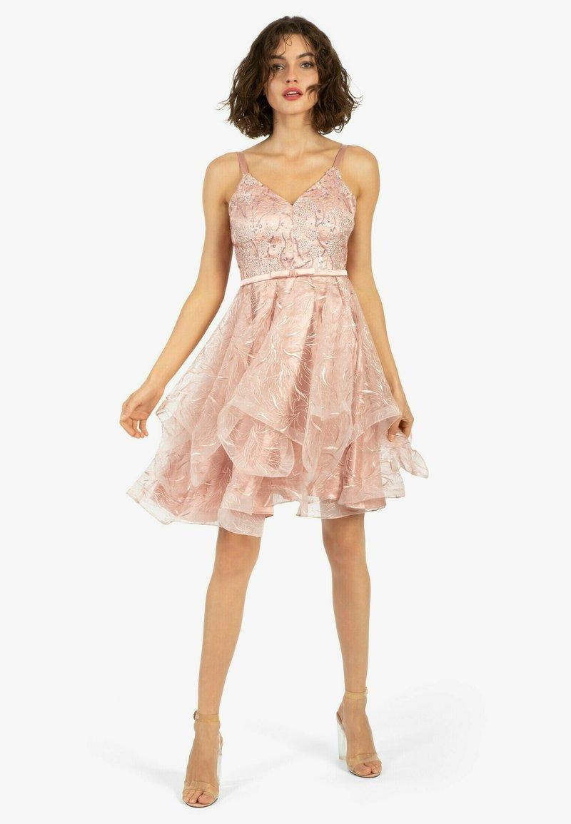 Apart - Cocktail dress / Party dress - pink