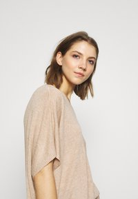 Vero Moda - Basic T-shirt - birch melange - 3