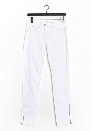 Jeansy Slim Fit - white
