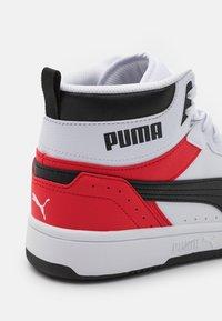 Puma - REBOUND JOY UNISEX - Zapatillas altas - white/black/high risk red - 5