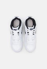 Nike Sportswear - AIR MAX 90 UNISEX - Sneakersy niskie - white/black - 3