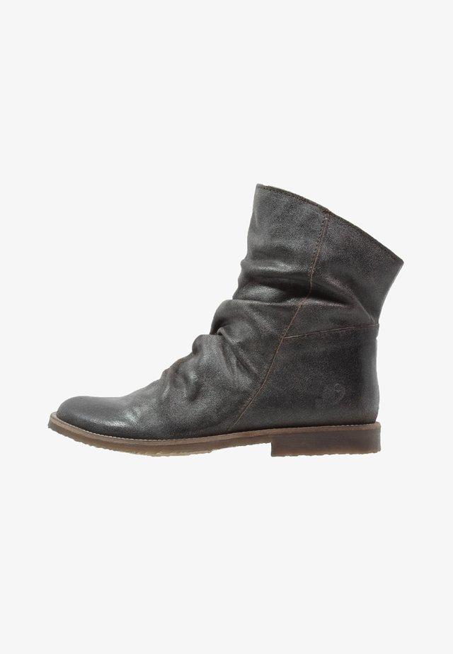 CLASH - Classic ankle boots - zenia fango