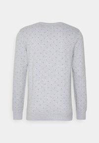 TOM TAILOR DENIM - CREWNECK WITH CUTLINES - Sweatshirt - grey - 1