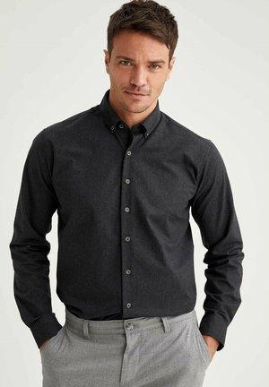 Kostymskjorta - anthracite