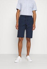 TOM TAILOR - LIGHTWEIGHT - Shorts - sailor blue - 0