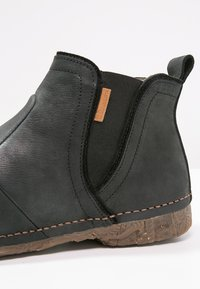 El Naturalista - ANGKOR - Ankle boots - black - 5