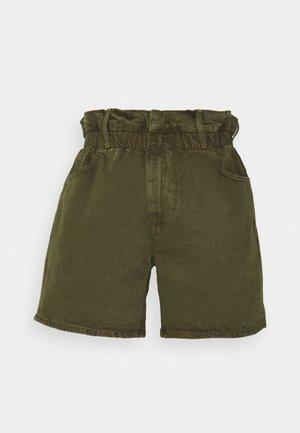 ELASTIC WAIST - Shorts - washed moss