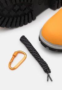 "Timberland - 6"" PREM CUP - Winter boots - medium orange - 5"