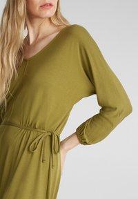 Esprit - FASHION - Korte jurk - olive - 3