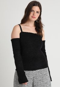 Urban Classics Curvy - LADIES COLD SHOULDER - Long sleeved top - black - 0