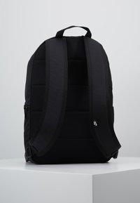 Nike Sportswear - HERITAGE  - Reppu - black - 2