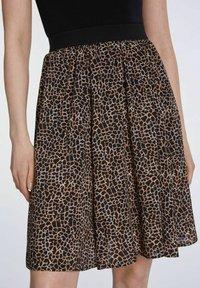 SET - A-line skirt - dark brown camel - 4