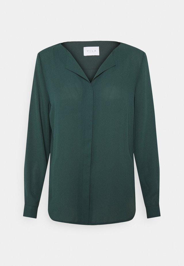 VILUCY SHIRT - Button-down blouse - darkest spruce