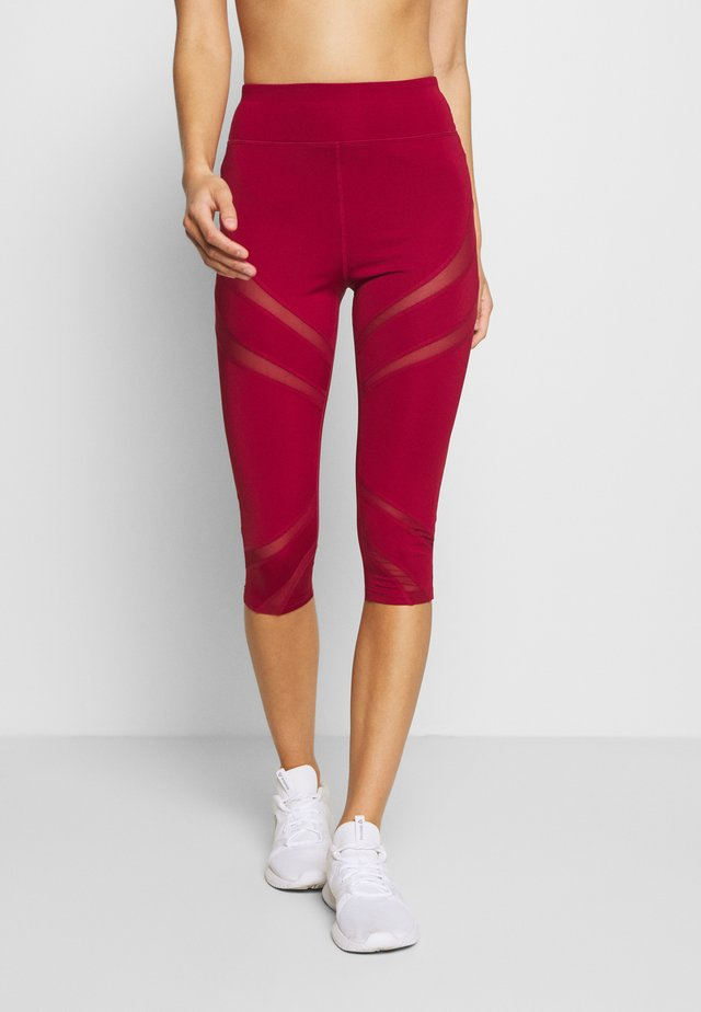 Pantalon 3/4 de sport - dark red