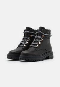 Shoe The Bear - FRANKA LACE - Botki sznurowane - black - 2