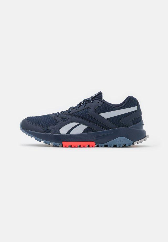 LAVANTE TERRAIN - Chaussures de running - vector navy/cold grey/blue slate