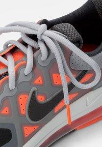 Nike Sportswear - AIR MAX GENOME - Sneakers - smoke grey/iron grey mango-summit white-grey - 7