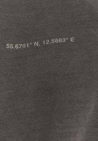 Topman - COPENHAGEN PRINT - Sweatshirt - black - 6